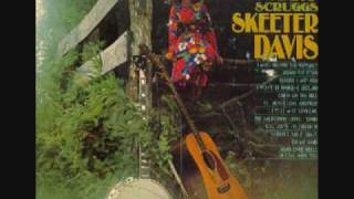 "Play Video '""I Can't Stay Mad At You""  Skeeter Davis'"