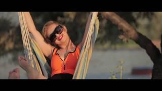 Adriana Drenea - Te iubesc pentru tot ce mi oferi (officail video) 2019