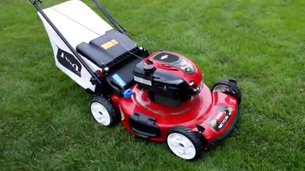 toro personal pace recycler 22in start up overview youtube rh youtube com toro personal pace 20333 manual toro lawn mower personal pace manuals