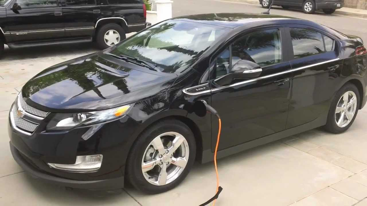 2017 Chevy Volt Review