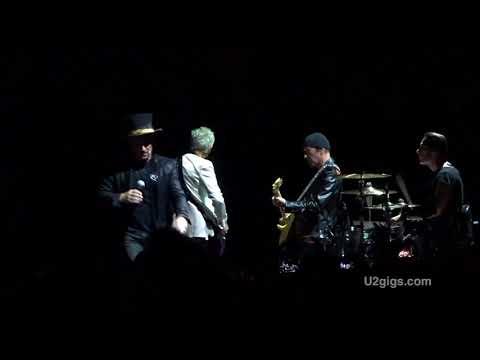 U2 Paris Acrobat