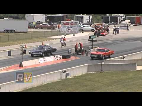 2009 Factory Stock Muscle Car Drag Race from US131 Dragway