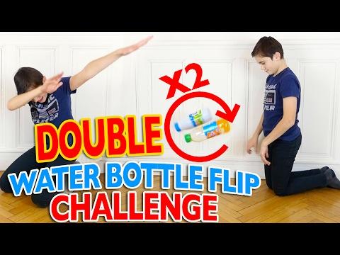 DOUBLE WATER BOTTLE FLIP CHALLENGE FR 💦  Mère VS Fils