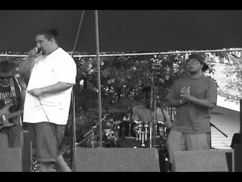 Micah G live at kona Bowl