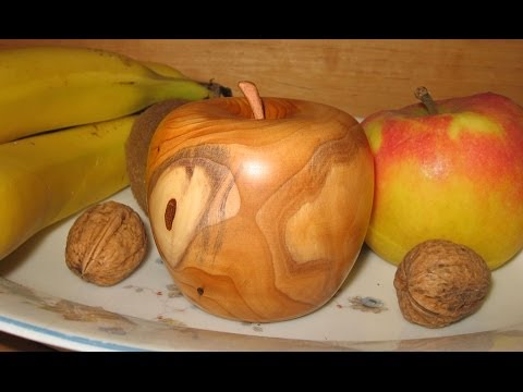 Woodturning - Making a Wooden Apple