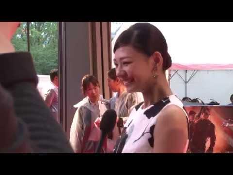 映画 [ターミネーター:新起動/ジェニシス] JAPAN PREMIERE レッドカーペット - YouTube