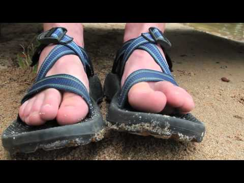 bee73a315976 How to fit your Chaco Sandals