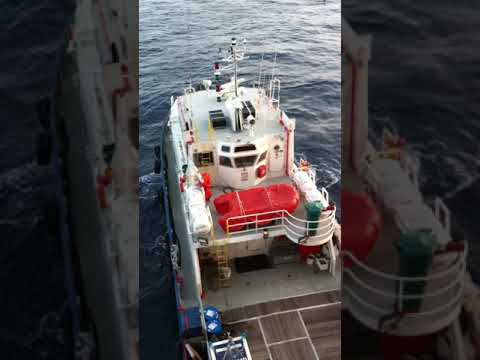 Boat to Platform transfer at offshore