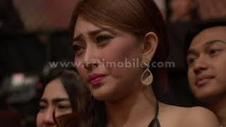 Download Video kenangan nenek Laila Sari nyanyi rock I Seniman Award Silet Awards 2016 di rcti MP3 3GP MP4