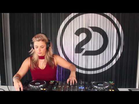 AIZY DJ Set @ 2-Dutch HQ [Musical Madness]