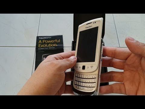 Blackberry 9810 White (Torch 2) Custom after 4 Years
