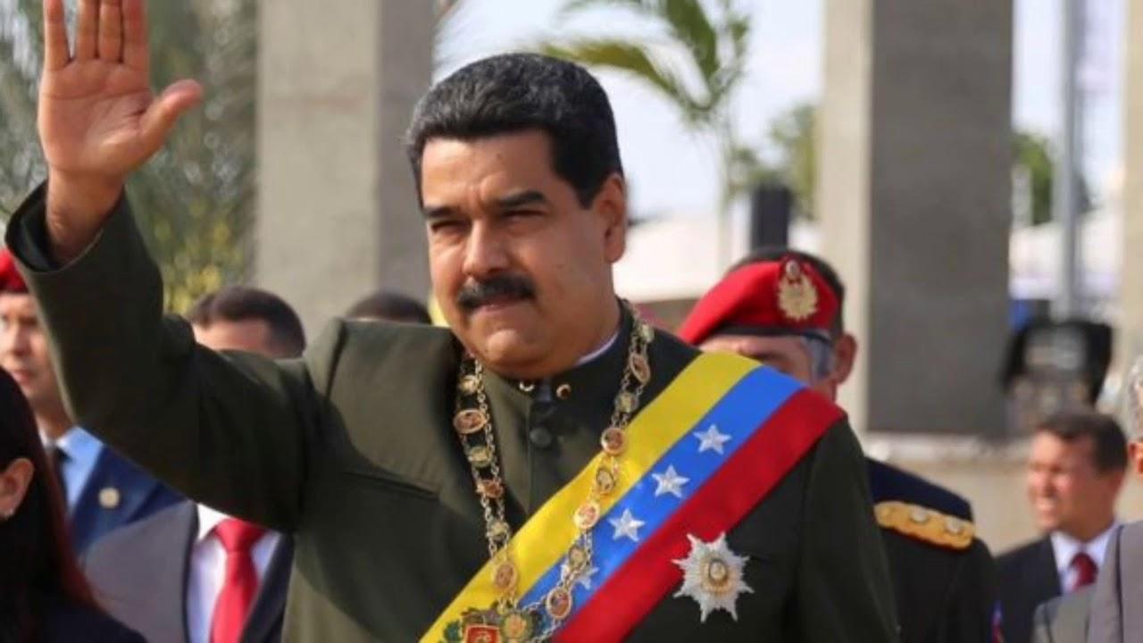 Fotos De Nicolas Maduro con Yo te extrañaré de tercer cielo de fondo