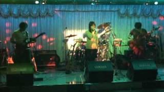 天野月子の蝶、4人で演奏してみました! Keybordパートは、GuitarとBass...