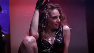 Extrait du spectacle REVUE ET CORRIGEE - www.Delicia-show.com