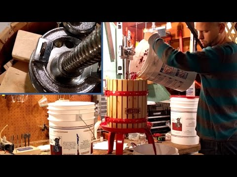 Using a Wine Press Part 1 - How to Press Grapes - Weston 05-0101