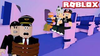 Canavarlı Uçak Bölüm 3! Bu Sefer Pilotu Kaçırdı!! - Panda ile Roblox Airplane 3