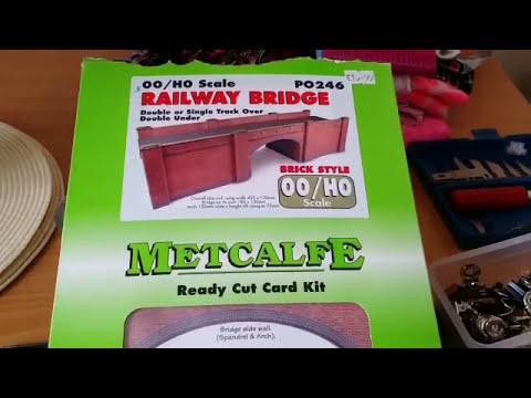 BUILD METCALFE PO246 RAILWAY BRIDGE RED BRICK