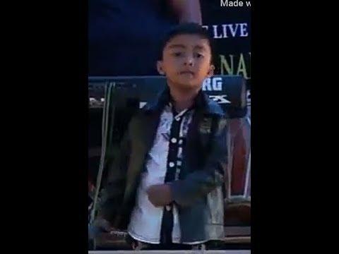 KERENN,Aksi Anak Kecil Nyanyi Lagu Dangdut Di Panggung Hajatan Bikin Gemes