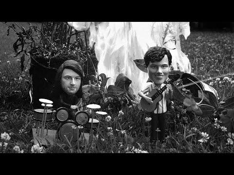 Смотреть клип The Front Bottoms - Montgomery Forever