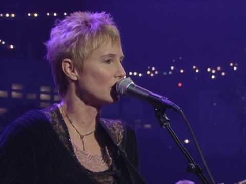 "Eliza Gilkyson - ""Baby's Waking"" [Live from Austin, TX]"