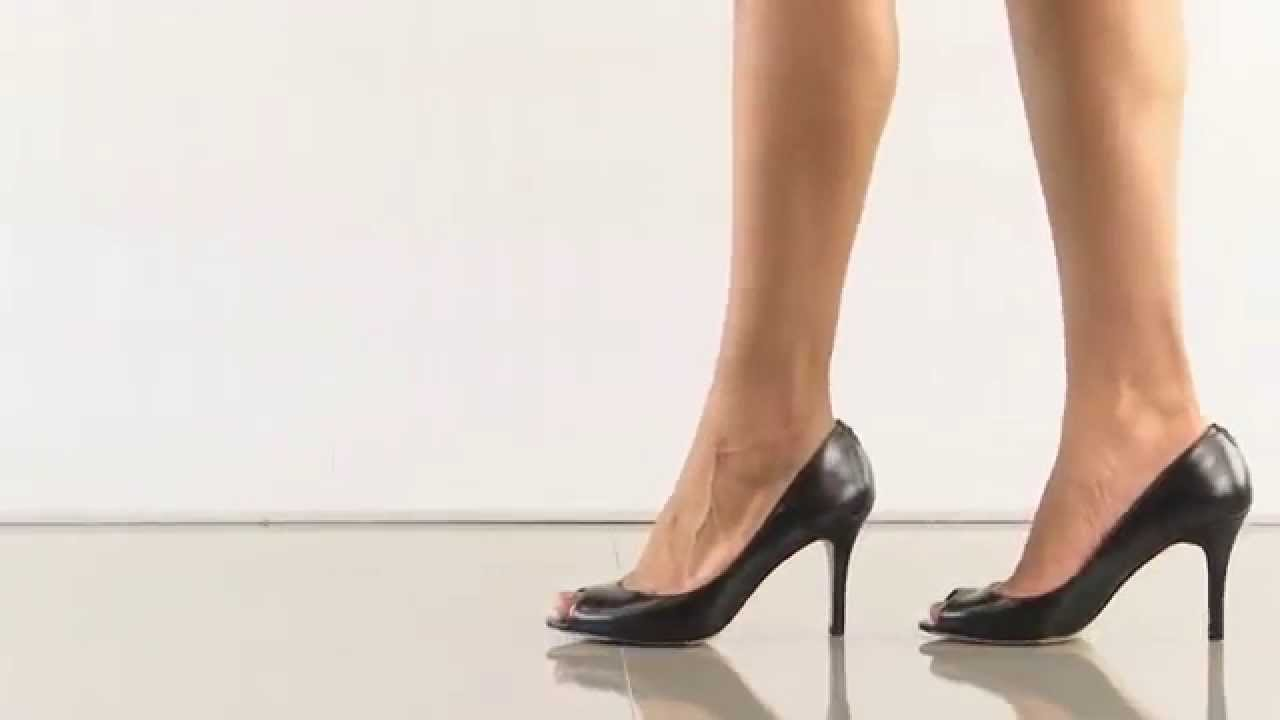 ivanka trump shoes amoro pumps and a bump music video 722036