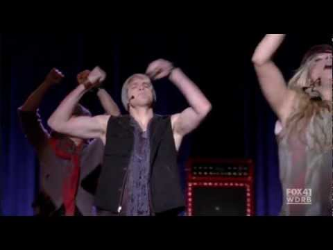 Sam Evans - dancing moves  Danza Kuduro 