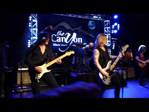 Jack Russell's Great White - Rock Me - 12/02/17 - Canyon Club