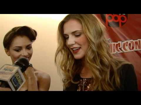 the-vampire-diaries-interviews---new-york-comic-con-2010