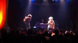 Aesop Rock & Kimya Dawson - Please Don't Tap on the Glass (Live @ Bowery Ballroom)