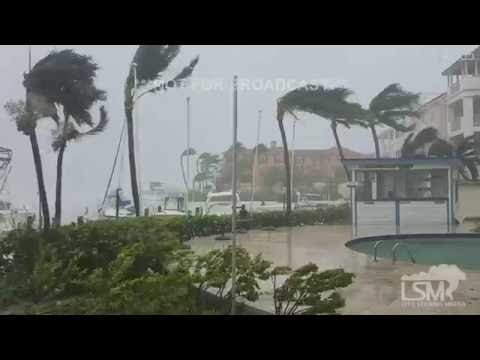 Hurricane Matthew Hits Paradise Island, Bahamas! 10-6-16