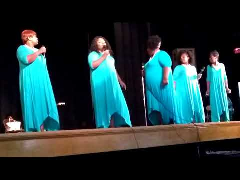 Pastor Tammy Edwards & The Edwards Sisters - Live In Concert
