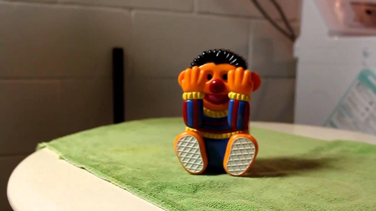 Sesame Street Musical Toys : Ernie peek a boo musical toy by illco sesame street