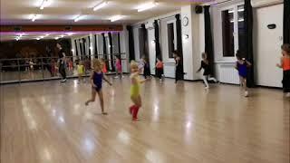 Художественная гимнастика. Открытый урок Центр EVA. Физические развитие детей с 3 лет. Офп для детей