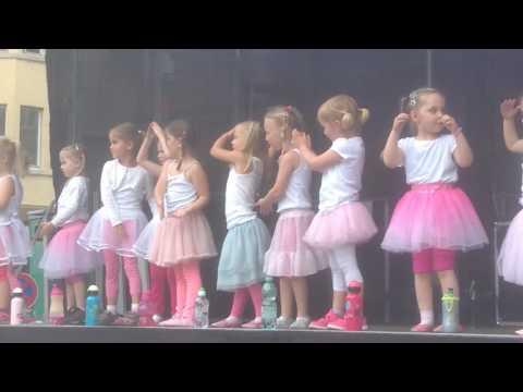 Studio Vera Braun Tanzeinlagen Musical Kids zum Song Hey - Pippi Langstrumpf....Holzmichl