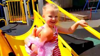 Куклы ИГРЫ В ДОГОНЯЛКИ НА ДЕТСКОЙ ПЛОЩАДКЕ Игры для детей БЕБИ БОРН КАТЯ BABY BORN КАК МАМА БЕБИ БОН