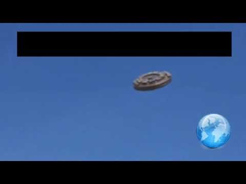UFOs flying over people in SOUTH AFRICA !