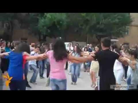 Armenia Yerevan Kaskadum Amen Urbat' Sovorets'num En Parel