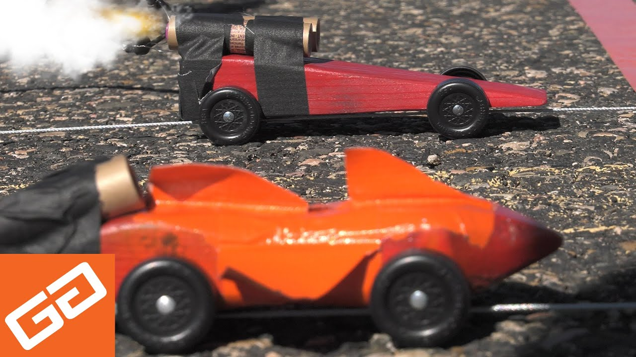 Rocket powered pinewood derby car race