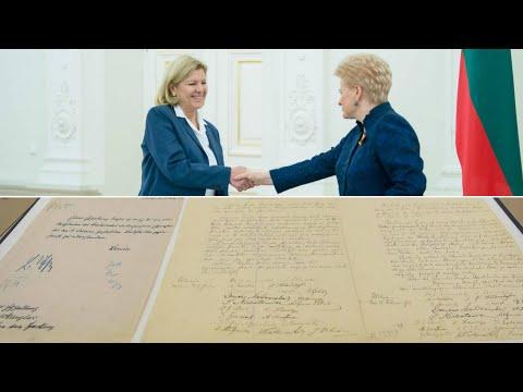 Lietuvai iškilmingai perduotas Vasario 16-osios Nepriklausomybės Aktas