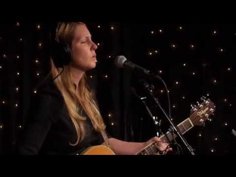 Zoe Muth - Somebody I Know (Live on KEXP)
