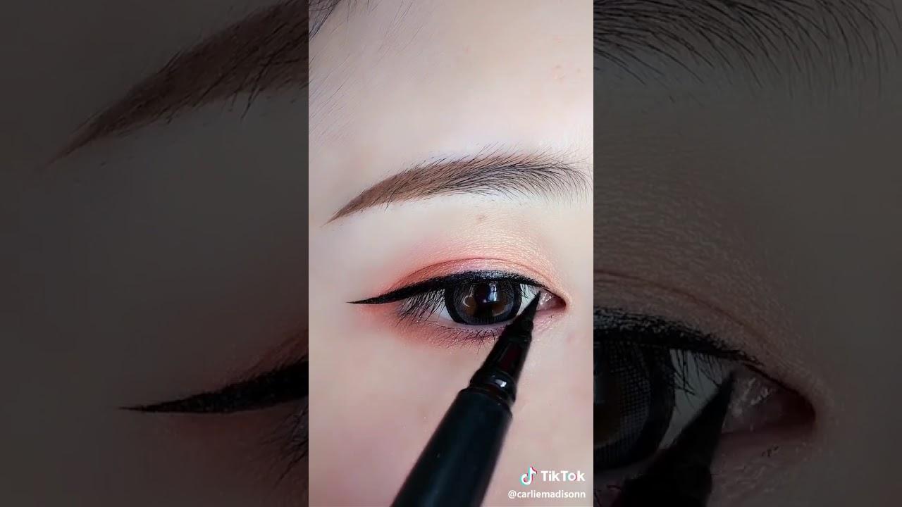 Hướng dẫn Vẽ Eyeliner đẹp