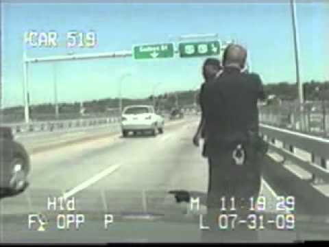 Police video: Centennial Bridge shooting