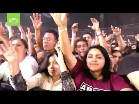 John O'Callaghan   A State Of Trance Festival Mexico 700