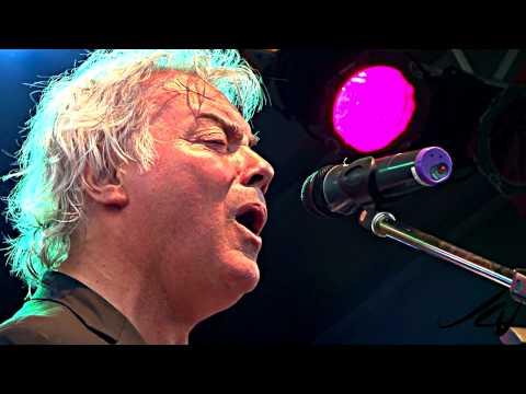 Alfie Zappacosta 2010 Live - 'Mrs. Jones' [HD]