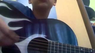 Для начинающих гитаристов песня жуки батарейка без баррэ