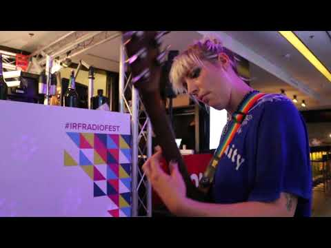 """Evelinn Trouble Live at the International Radio Festival, Zurich, 2015 - """"Shed It"""""""