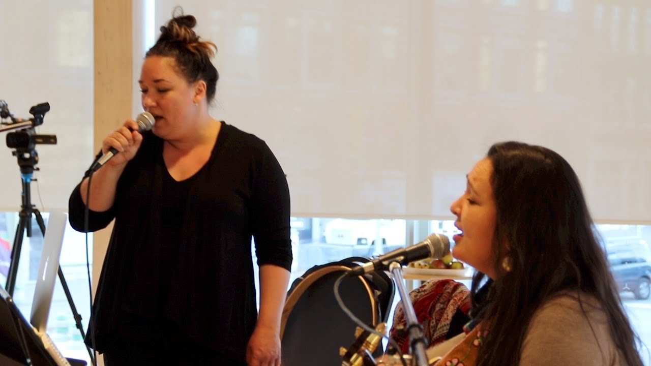 video: In rehearsal with Leela Gilday and Sylvia Cloutier