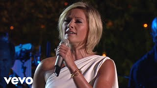 Смотреть клип Andrea Bocelli, Helene Fischer - When I Fall In Love