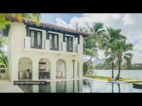 Living Large: Mediterranean Meets Modern At This Waterfront Mansion
