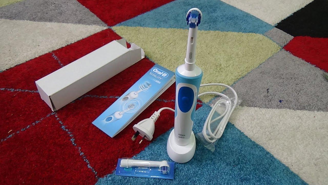 Sikat Gigi Elektrik Oral-B Vitality Precision Clean Toothbrush Braun buka  isi kotak 413b3a4149